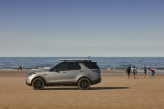 2021-Land-Rover-Discovery-23