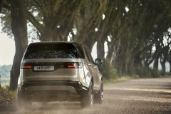 2021-Land-Rover-Discovery-44