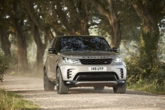 2021-Land-Rover-Discovery-46