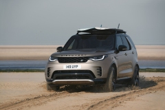 2021-Land-Rover-Discovery-57