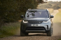 2021-Land-Rover-Discovery-58