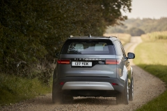 2021-Land-Rover-Discovery-59