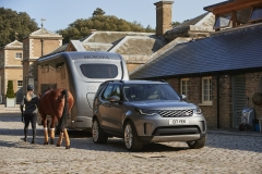 2021-Land-Rover-Discovery-63