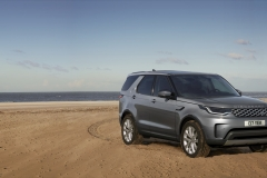 2021-Land-Rover-Discovery-66