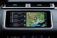 2021-Range-Rover-Velar-Interiors-11