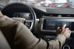 2021-Range-Rover-Velar-Interiors-20