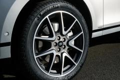 2021-Range-Rover-Velar-Interiors-4