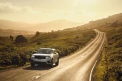 2021-Range-Rover-Velar-10