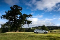 2021-Range-Rover-Velar-13