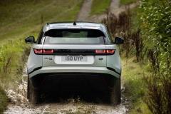 2021-Range-Rover-Velar-16