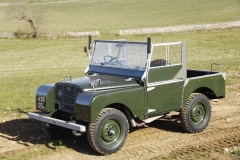 Land-Rover-Defender-Through-the-years-12