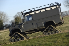 Land-Rover-Defender-Through-the-years-16