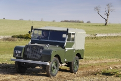 Land-Rover-Defender-Through-the-years-6