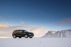 Land-Rover-Discovery-Sport-in-Iceland-Barolo-Black-2