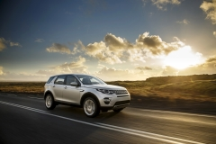 Land-Rover-Discovery-Sport-in-Iceland-Indus-Silver-20