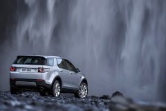 Land-Rover-Discovery-Sport-in-Iceland-Indus-Silver-9