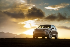 Land-Rover-Discovery-Sport-in-Iceland-Kaikoura-Stone-10