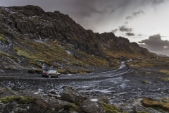 Land-Rover-Discovery-Sport-in-Iceland-Kaikoura-Stone-2