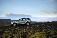 Land-Rover-Discovery-Sport-in-Iceland-Scotia-Green-13