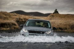 Land-Rover-Discovery-Sport-in-Iceland-Scotia-Green-3