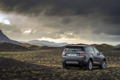 Land-Rover-Discovery-Sport-in-Iceland-Scotia-Green-4