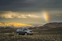 Land-Rover-Discovery-Sport-in-Iceland-Scotia-Green-5