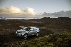 Land-Rover-Discovery-Sport-in-Iceland-Scotia-Green-9