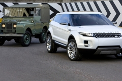 Land-Rovers-1