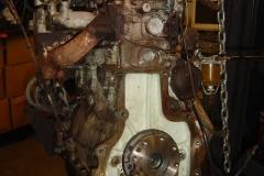 Land-Rover-Series-IIA-Day-10-Engine-Apart-003