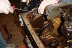 Land-Rover-Series-IIA-Day-10-Engine-Apart-030
