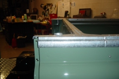 Land-Rover-Series-IIA-Day-100-Galvanized-Trim-Installed-10