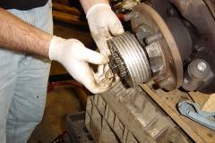 Land-Rover-Series-IIA-Day-20-Swivel-Mod-Dismantle-016