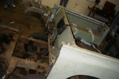 Land-Rover-Series-IIA-Day3-Read-Bed-Removal-12