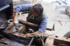 Land-Rover-Series-IIA-Day3-Read-Bed-Removal-21
