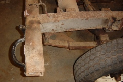 Land-Rover-Series-IIA-Day-4-DS-Wing-Removal-002