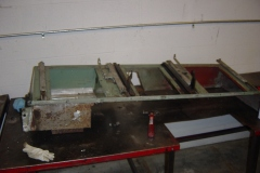 Land-Rover-Series-IIA-Day-4-DS-Wing-Removal-013