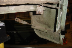 Land-Rover-Series-IIA-Day-4-DS-Wing-Removal-019
