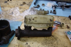 Land-Rover-Series-IIA-Day-40-Reassemble-Misc-2