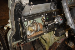 Land-Rover-Series-IIA-Day-5-PS-Wing-Removal-Heater-Steer-001