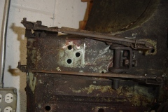 Land-Rover-Series-IIA-Day-8-Chassis-Powerwash-Bulkhead-Misc-011
