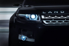 Land_Rover_LRX_Concept_in_Black_1