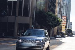 2018-Range-Rover-PHEV-in-Action-28