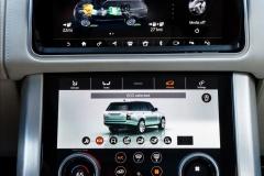 2018-Range-Rover-PHEV-Interior-8