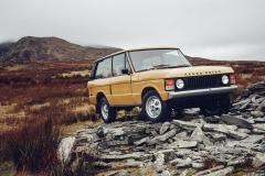 Range-Rover-Reborn-Land-Rover-Classic-12