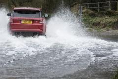 Range-Rover-Sport-SVR-in-Red-17