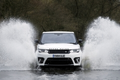 Range-Rover-Sport-SVR-in-White-22