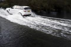 Range-Rover-Sport-SVR-in-White-24