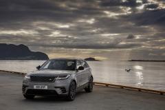 range-rover-velar-first-edition-static-6