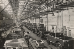 1950s-Solihul-Land-Rover-Production-3